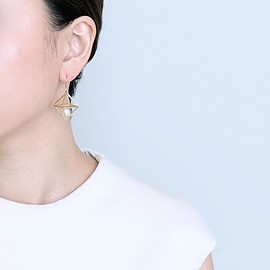 jour couture - 正8面体のフックピアス