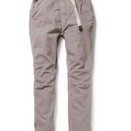 nonnative - CLIMBER EASY PANTS - OVERDYED C/P TWILL STRETCH by GRAMICCI