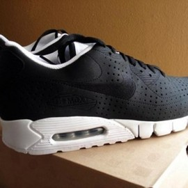 Nike - AIR-MAX-90-CURRENT-ONE-PIECE