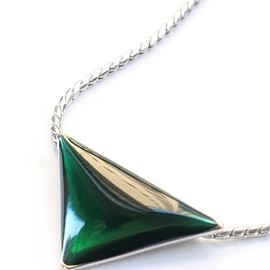 TOGA - Magic Triangle small (green)