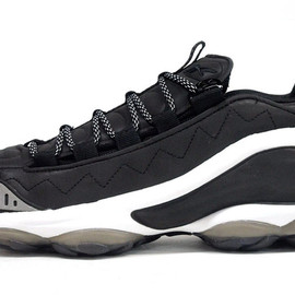 Reebok - DMX RUN 10 「Sneakersnstuff」