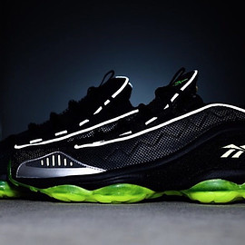 Reebok, atmos - DMX Run 10 - Black/3M/Volt