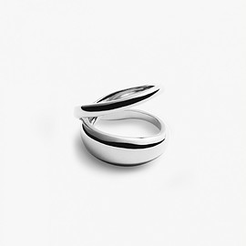 Trine Tuxen Jewelry - LOOP RING