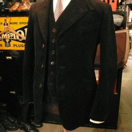 PIONEER TAILORING ( WARP AND WOOF ) - Original British Waistcoat & Original British Horse Riding Jacket ( Black Code )
