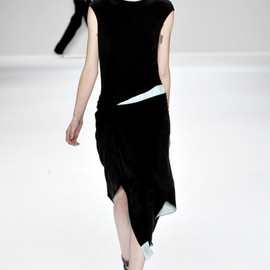 Narciso Rodriguez - Spring 2012 Ready-to-Wear