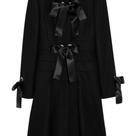 Alexander McQueen - FW2014  FELT COAT WITH SATIN RIBBONS