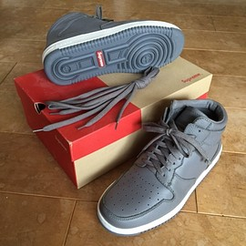 Supreme - sneaker midtown gray