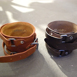 PEEL&LIFT - LEATHER WRIST STRAP
