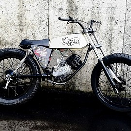 Russell Motorcycles - Elgato puch