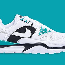 NIKE - Air Cross Trainer 3 Low - White/White/Neptune Green/Black