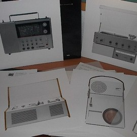 Dieter Rams - BRAUN Edition Box with 16 Prints