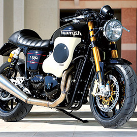 Mr Martini - Triumph Thruxton