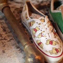 VANS - AUTHENTIC (POOH)