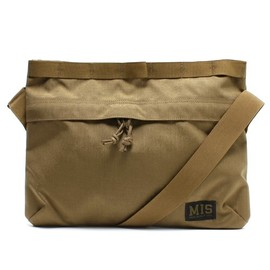 MIS MADE IN CALIF USA - PADDED SHOLDER BAG