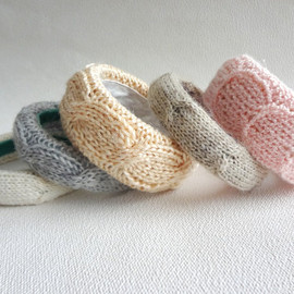 daSilvaHandmade - Cable Knit Bangle Bracelet (available in ANY color)
