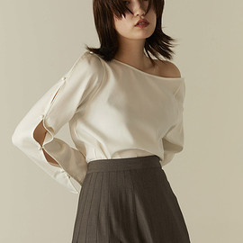 by ensure - open sleeve blouse