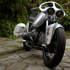 "BMW - R75/5 ""BAULA"" customed by El Solitario MC"