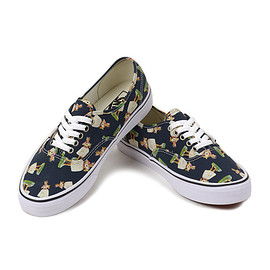 vans - authentic hula doll