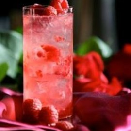 Raspberry Crush Cocktail