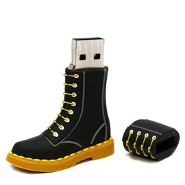 Dr.Martens - DR. MARTENS BOOT USB DRIVE - Left View