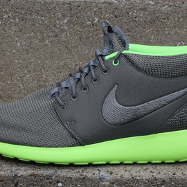 Nike - Roshe Run Mid - Mercury Grey/Flash Lime