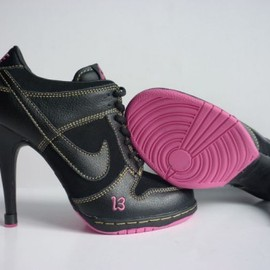 nike - Womens Nike Dunk SB Heels Low Black Pink
