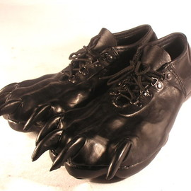 Bob Basset - Leather Paw Shoes