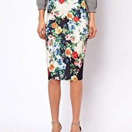 asos - ASOS PETITE Pencil Skirt In Floral Print