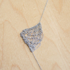 Jensen Conroy - Off-Center Knit Chain Necklace