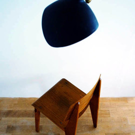 Jean Prouve + Serge Mouille - Prouvé's Wooden Standard Chair + Mouille's lamp, Sign Gallery, Tokyo