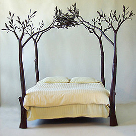 Bird Nest Tree Bed