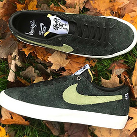 NIKE SB, STUSSY - Blazer Low SB - Black/Palm Green