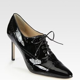 Manolo Blahnik - - Patent Leather Lace-Up Point Toe Oxfords