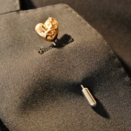 chrome hearts - 22K LAPEL PIN HEART