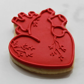 whippedbakeshop - Anatomical Hearts cookies