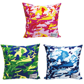 MEDICOM TOY LIFE ENTERTAINMENT - Andy Warhol CAMOFLAGE SUQUARE CUSHION COVER+CUSHION