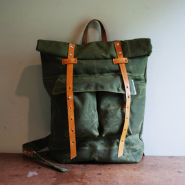 The Camper Satchel in Olive Waxed Canvas
