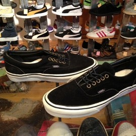 "vans - 「<deadstock>80's vans ERA SUEDE black""made in USA"" size:US7/h(25.5cm) 13800yen」完売"