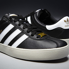 adidas Skateboarding, adidas - the Skate - Black/White/Metallic Gold