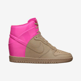 Nike - Dunk Sky Hi Vac Tech