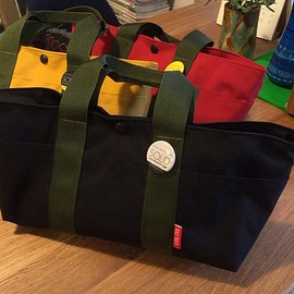 HALF TRACK PRODUCTS - PEG tote