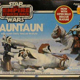 Kenner - TaunTaun (with open belly rescue feature)