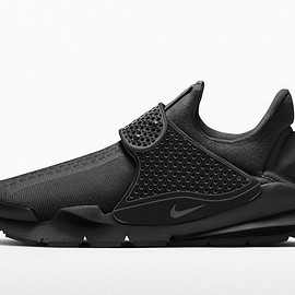 NIKE - NIKE SOCK DART triple black