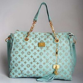 Louis Vuitton - mint green