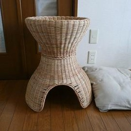 IKEA - rattan cat bed