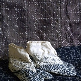 * - Blue-on-White Sashiko Stitched Tabi