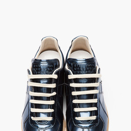 Maison Martin Margiela 22 - MAISON MARTIN MARGIELA Metallic blue leather Low Top sneakers
