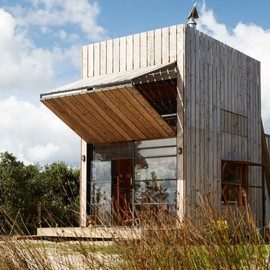 Crosson Clarke Carnachan Architects - Whangapoua Sled House