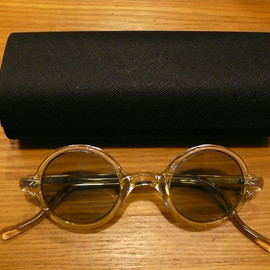 Porter Classic - PC. SUNGLASSES/ Round Clear Frame X Color Lens