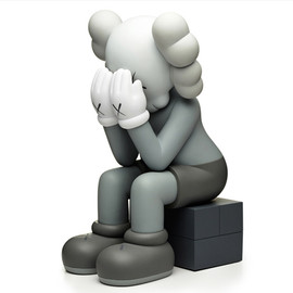KAWS - Companion Passing Through (grey)